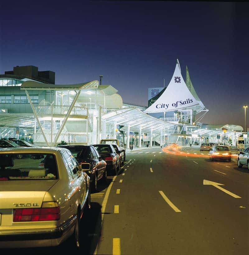 Auckland_New_Zealand_Airport.jpg